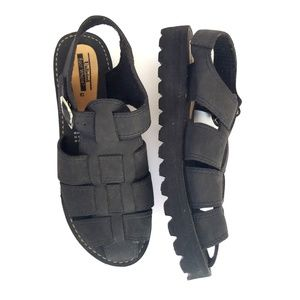 🆕️VTG Black Platform Fisherman Sandals Womens 10
